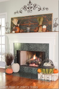 Fall-and-Thanksgiving-Mantel-decorating-ideas-3_thumb